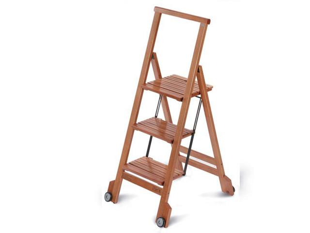 Стремянка деревянная складная Biblio 3 :: ARIS SRL :: udachishop.ru